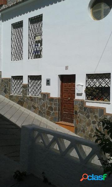 Chalet adosado en venta en calle Jarea, 4, Casarabonela
