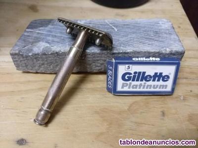 Maquinilla de afeitar antigua