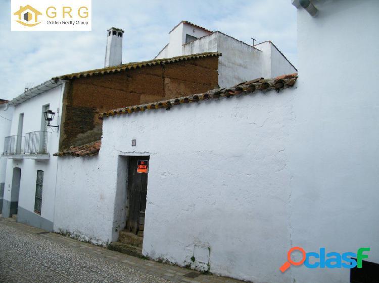 CASA PARA REFORMAR EN CARBONERAS, ARACENA (HUELVA) A BUEN