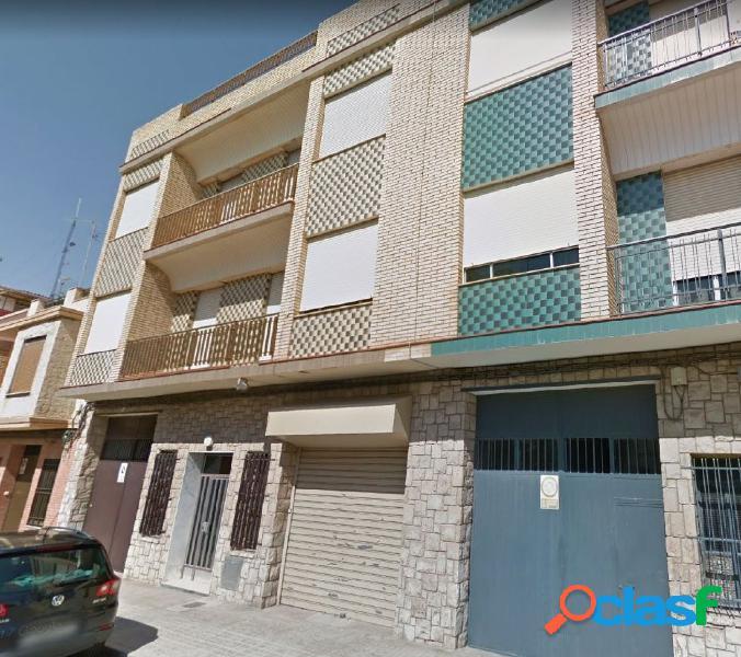 Edificio para 6 viviendas en venta en Meliana