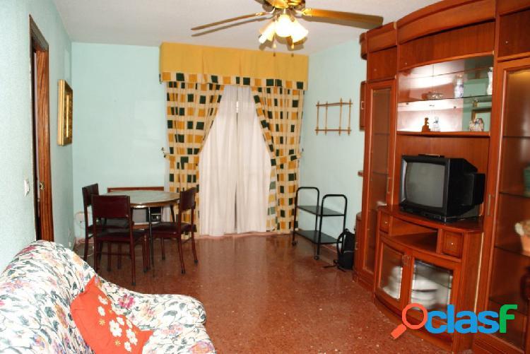 FANTÁSTICO piso EXTERIOR para ENTRAR A VIVIR CON PATIO!!!!