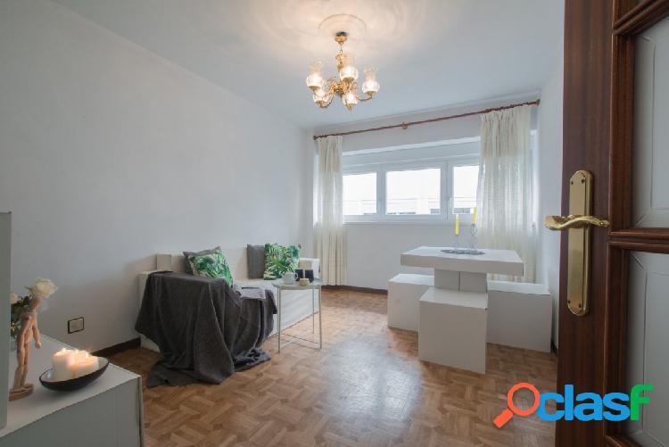 Piso en venta en exclusiva de tres dormitorios en el Centro