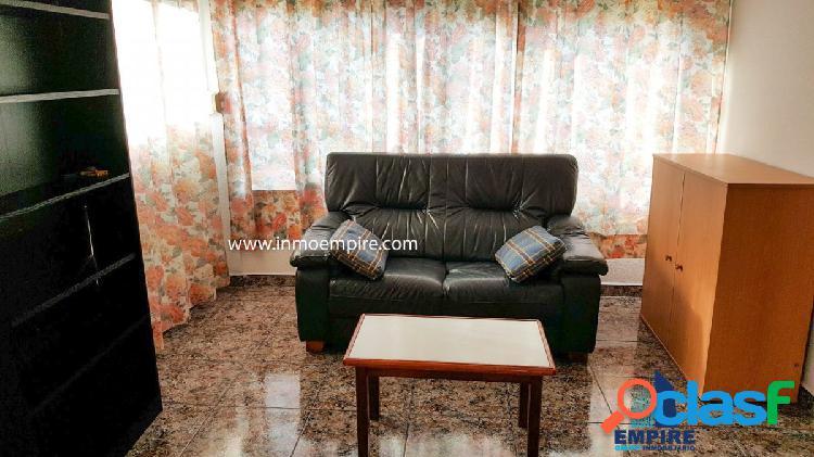 Se vende piso en la zona del Rincon de Loix