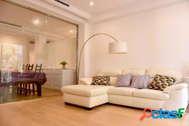 Bonito piso en calle Muntaner