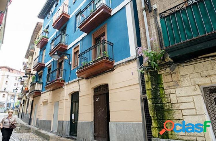 Local En Centro Histórico De Portugalete