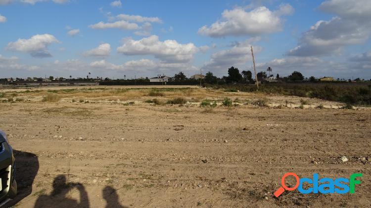 Parcela en Matola de 12.500 M2, edificable el 2,5% 312 M2 de