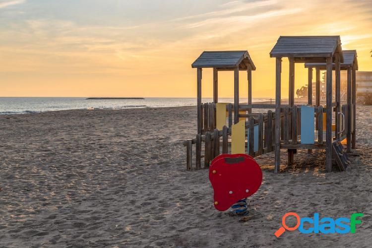Piso a la venta en Salou a 40m de la playa