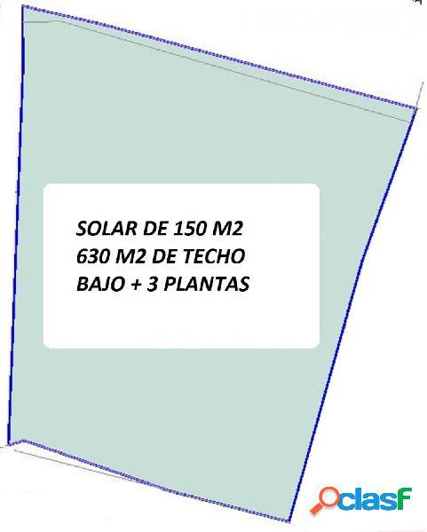 SOLAR EN CENTRO DEL PUEBLO BAJO + 3 PLANTAS