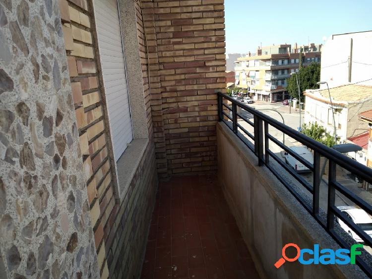 Se vende tercer piso en Alcantarilla en calle dos de mayo,