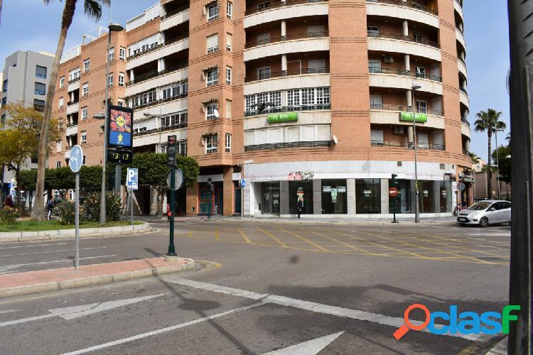 Excelente piso en Avenida García Lorca