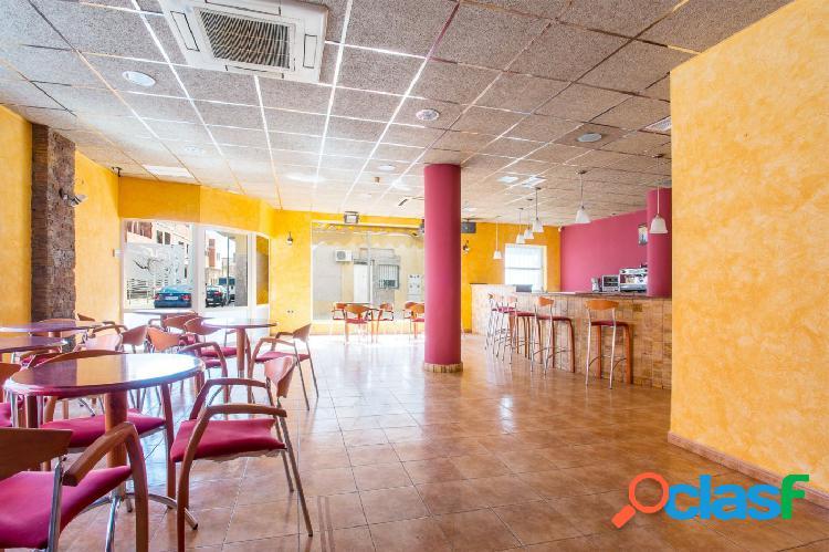 Local Comercial totalmente nuevo y equipado, Las Torres de