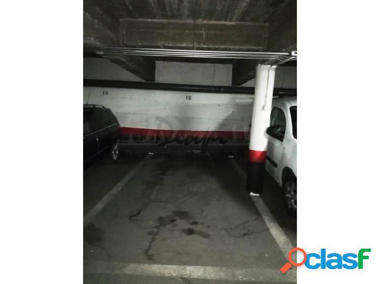 Plaza de garaje en Vista Alegre muy cómoda en planta baja