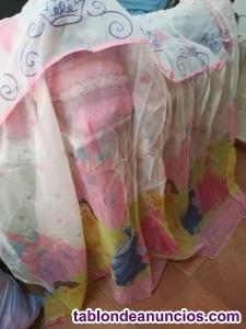 Ropa y cortina de niño y niña 7 y 8