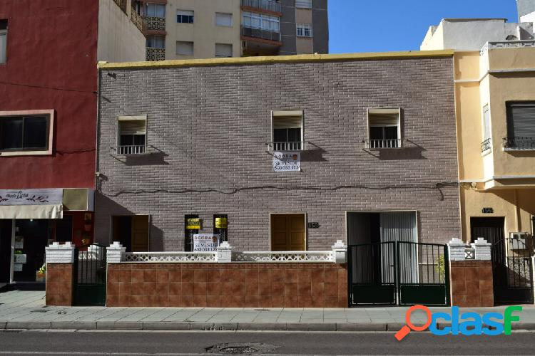 Gran Dúplex en el Zapillo - Avenida Cabo de Gata