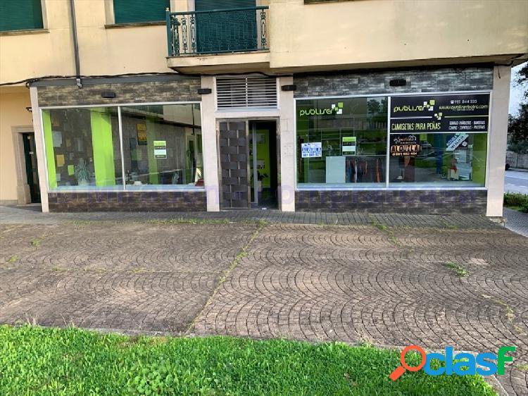 Local comercial en Boiro (Avda de Barraña)