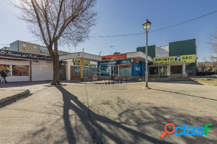 Local comercial en el centro de Mejorada