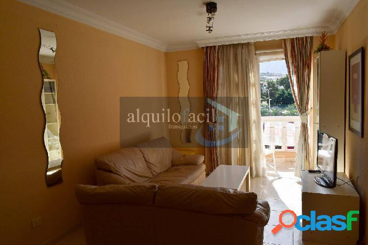 Precioso apartamento de 2 dormitorios con vistas al mar en
