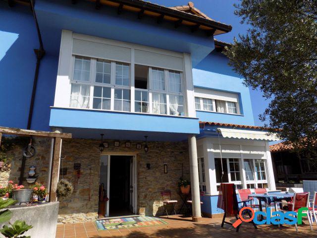 Casa de pueblo en Venta en Muros De Nalon Asturias