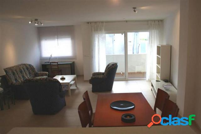 Nuevo apartamento espacioso.&a