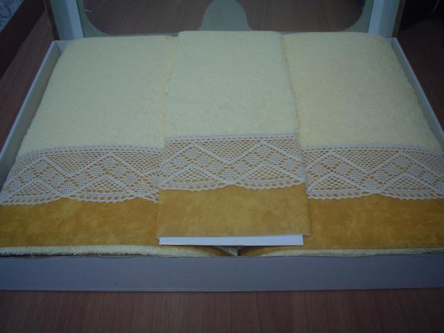 Toallas de la marca Risbele, juego de tres toallas una de