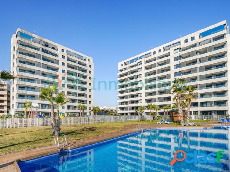 Apartamentos en primera línea de playa, la urbanización