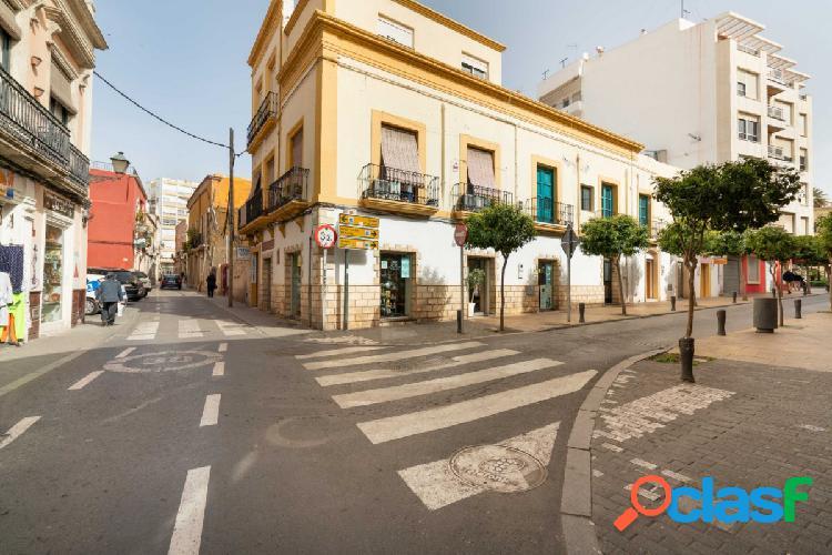 Local de 168 m2 en el Centro Histórico de Almería