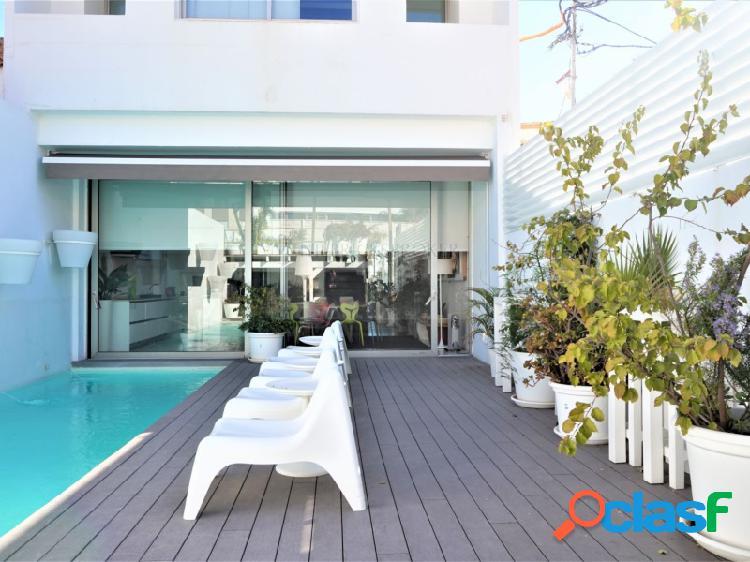 Magnífica villa de lujo, de 5 dormitorios y piscina