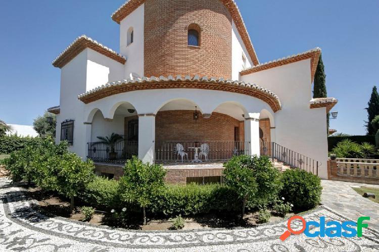 Magnifica vivienda en Urbanización Cortijo de San Javier