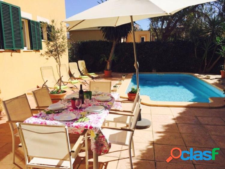 Piso en planta baja con piscina privada en Can Picafort