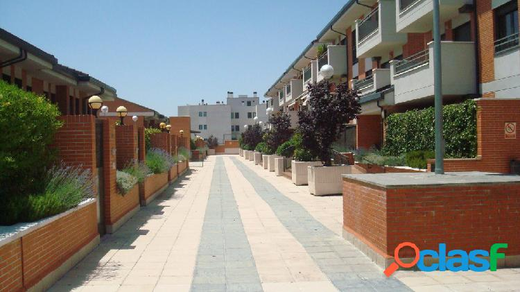 Piso en venta en calle Almería, zona Castañeras 28939