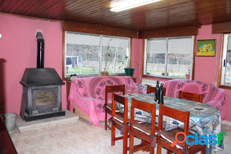 REF 2684 CASA DE 95 m2 CON TERRENO EN RIBADETEA (PONTEAREAS)