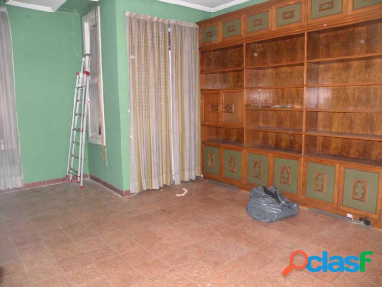 SALICO SERVICIOS INMOBILIARIOS. REF: 05252. AMPLIO PISO PARA