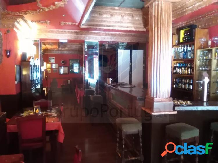 Traspaso excelente Bar Restaurante de 150m² con terraza en