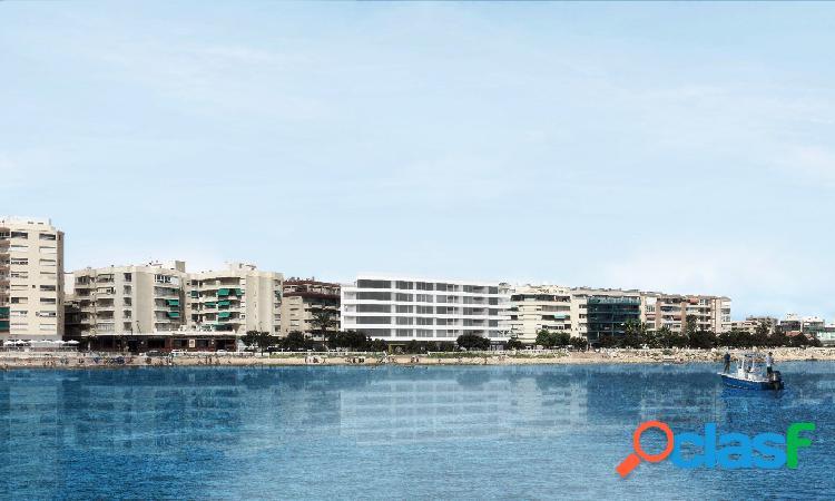 Amplia vivienda de lujo en primera línea de playa, obra