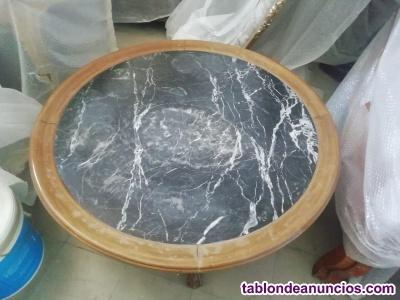 Mesa de marmol y madera de 90x90 en perfecto estado