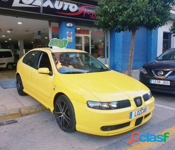SEAT Leon diesel en Quart de Poblet (Valencia)