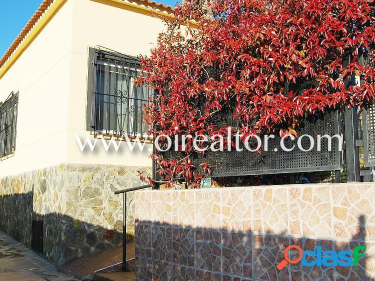 Acogedora casa en Lloret Residencial con espectaculares