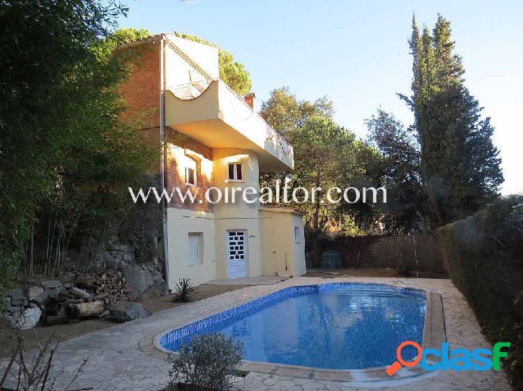 Casa en venta en Urb. Mascoll en Alella
