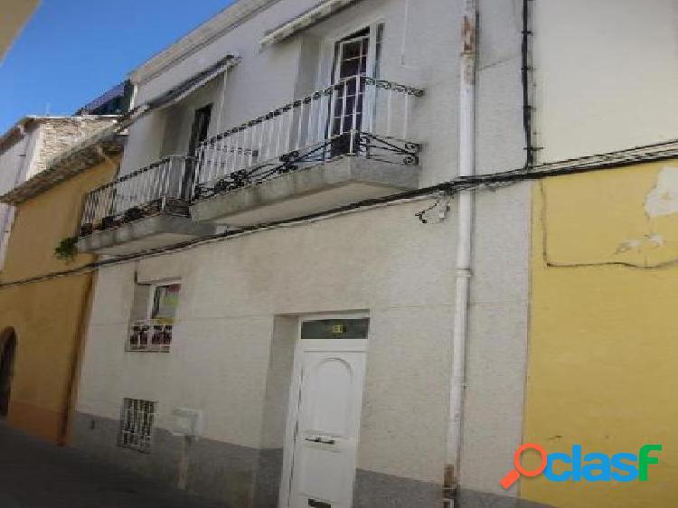 Casa en venta en Vilafranca del Penedès, Barcelona en Calle