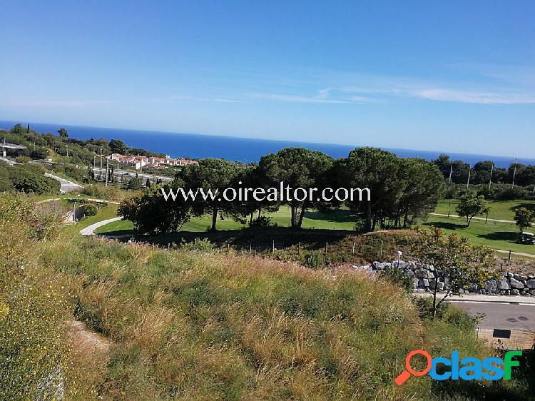 Excelente parcela plana en venta en el Golf de Sant Vicenç