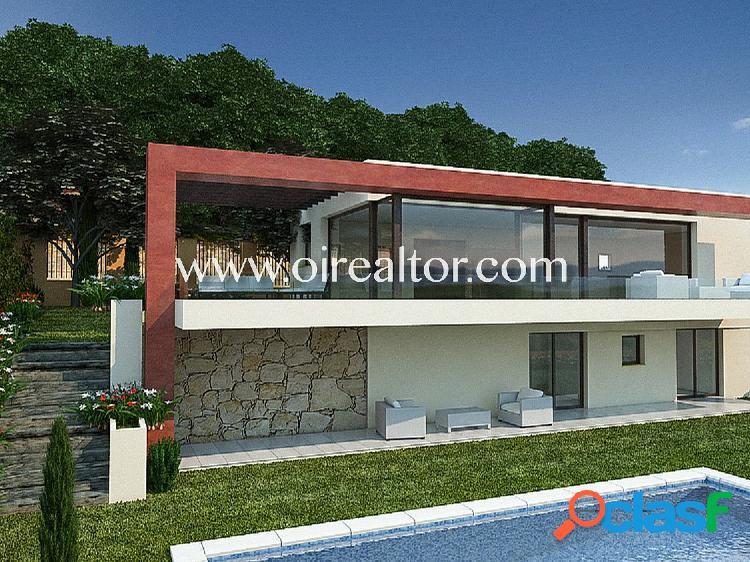 Exclusiva casa de estilo moderno en Begur