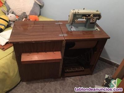 Máquina de coser y bordar alfamatic 109