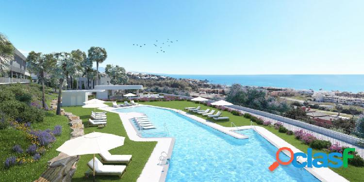Apartamentos con Vistas al Mar y al Campo de Golf. La mejor
