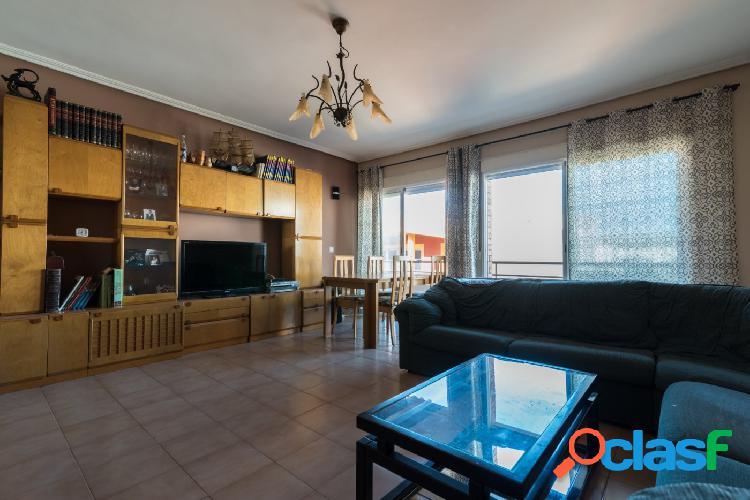 Estupendo piso en el centro de El Campello!!