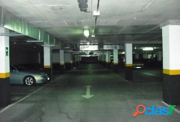 Garaje en Fuenlabrada zona AVD. DE LA HISPANIDAD
