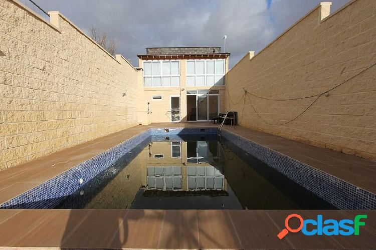 2 Viviendas con piscina privada