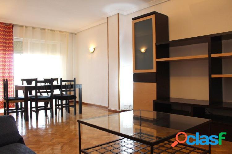 Amplio piso amueblado de 4 dormitorios en La Serna con