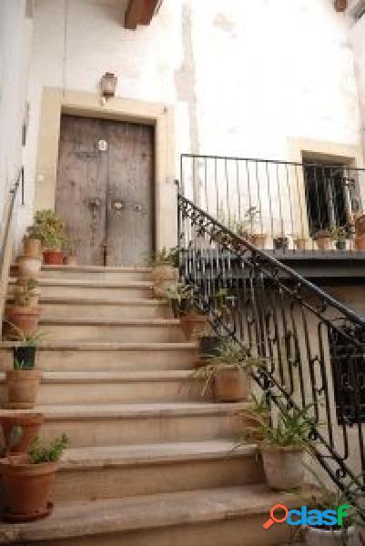 Atención inversores, tres plantas en venta de una casa