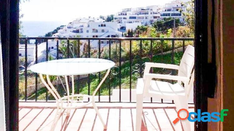 Bonito piso en Velilla con 2 dormitorios y terraza con