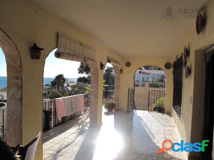 Estupenda propiedad en Moraira, en una de las zonas más